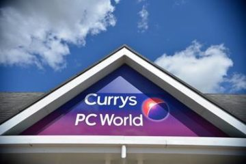 storefront sign for currys pc world
